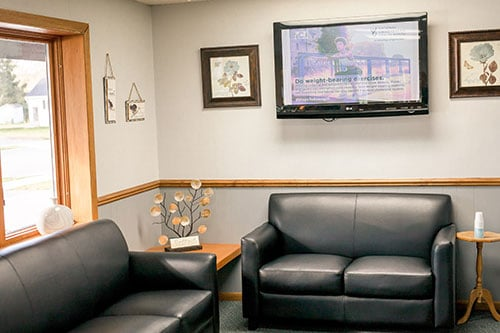 Chiropractic Oconto WI Waiting Room